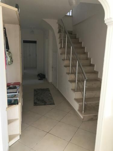 Gang med trappen til 5 sal
